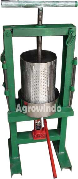 mesin peras santan manual