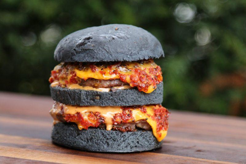 Berbagai Cara Membuat Roti Black Burger Yang Mudah Dan