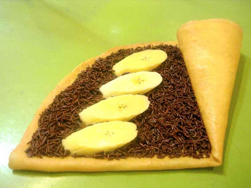 Crepes Pisang Coklat tokomesin Resep Indonesia CaraBiasa.com