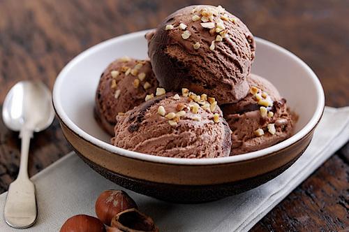 Inilah 6 Cara Membuat Es Krim Coklat Yang Mudah Untuk Dicoba