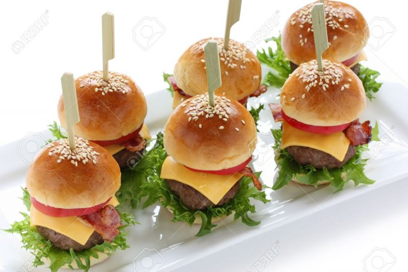 berbagi resep cara membuat roti burger empuk dan enak